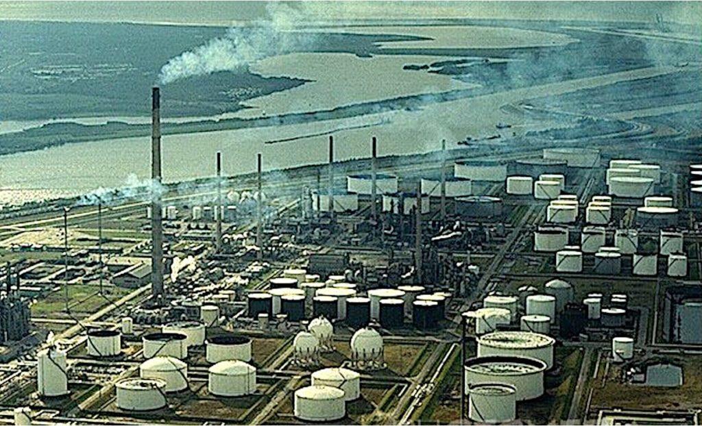 Après-pétrole, plus de crises et de paupérisation